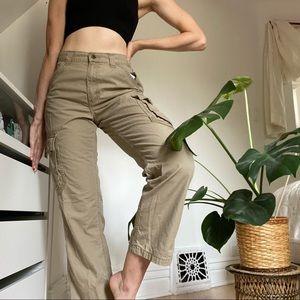 Vintage Wrangler Cargot Pants   100% Cotton